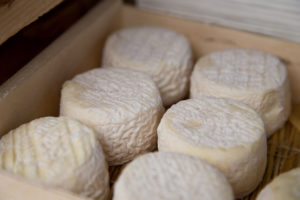lake como cooking classes - cheese making