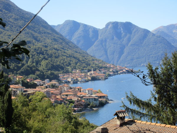 Lezzeno – towns on Lake Como – Slow Lake Como